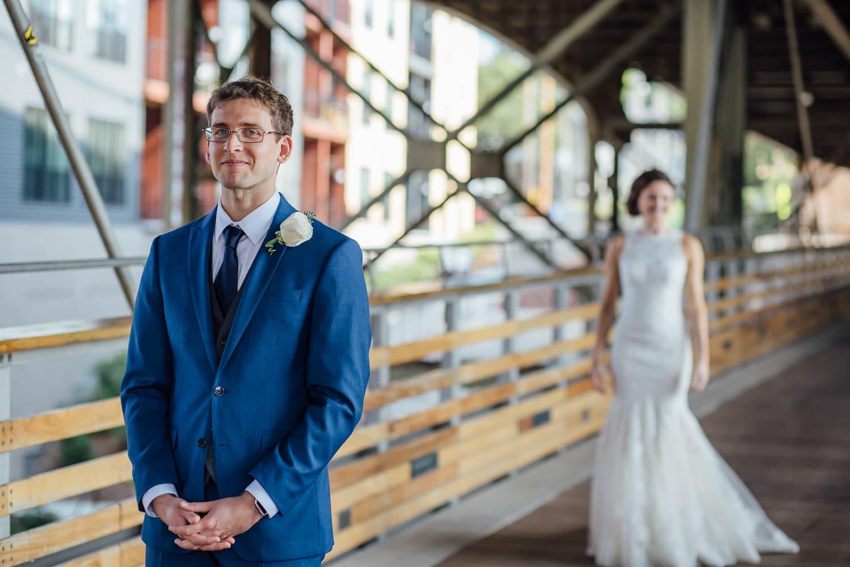 Milwaukee Weddings - First Look - Milwaukee, Wi - Double You Photography - Kat Wegrzyniak