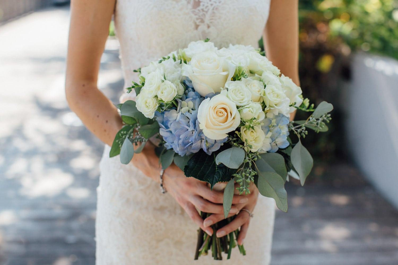Milwaukee Weddings - Brides Bouquet - Milwaukee, Wi - Double You Photography - Kat Wegrzyniak