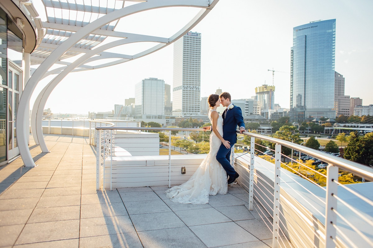 Milwaukee Wedding at Discovery World - Double You Photography